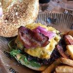 Bilde fra DINE Burgers