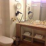 Bathroom room 307