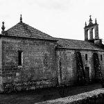 iglesia de Arnoia a lado del balneario