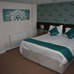 Lovely Spacious Newly Refurbished Rooms
