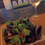 Mussels in a spicy sauce. Deliciously different!