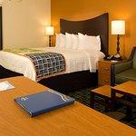 Foto de Fairfield Inn & Suites Orlando Lake Buena Vista