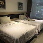 Kamar dengan 2 queen bed size