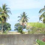 Photo de Pension de la Plage Tahiti