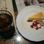チーズケーキとアイスティー
