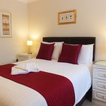 Ground floor Double ensuite with shower. Free breakfast, wifi & parking. Adults only.
