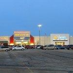 Bay City 10 GDX and PetSmart Entrances