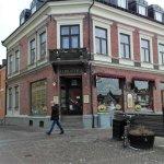 Conditori Cecilia - består av två hus; serveringen ligger i den vänstra längan.
