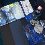 Goodys: Wasser und Zeitschriften