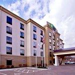 Photo of Holiday Inn Express & Suites Oak Ridge