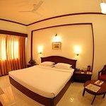 Hotel Rathna Residency & Vista Rooms