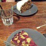 Carrot cake, tarte pistache framboise