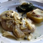 Chicken breast with artichokes and capers