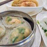 Parsley rice noddle and Shrimp & chives dumpling