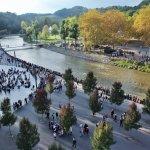 sanctuaire de Lourdes_la rivière face aux bains