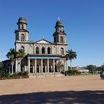 Antigua Catedral de Santiago de Managua en la Plaza de la Revolución