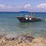 Beach and para sail vendor