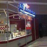 All American Frozen Yogurt Shop의 사진
