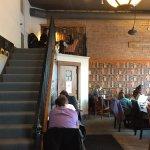 Nina's Coffee Cafe resmi