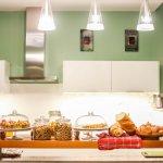 ภาพถ่ายของ The Beehive Hostel Cafe