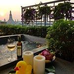 曼谷里瓦阿倫酒店照片