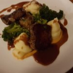 Steak collops with haggis bonbon, jus, mash and broccolli