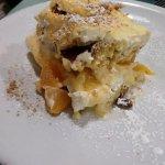 Italian Peach Triffle . nom nom nom