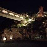 Bridge between rooms and restaurants