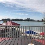 Foto de Quality Hotel On the Beach