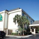 Photo of La Quinta Inn & Suites Myrtle Beach -N. Kings Hwy