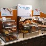 Photo de Holiday Inn Express Atlanta Airport