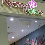 ภาพถ่ายของ Nyonya Colors