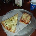 Yum Pizza