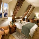 munich-room-mandarin-room-3_large.jpg