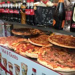 Pizzeria Megaone Foto