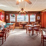 Bright Morning Inn's colorful dining room