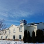 Boarders Inn and Suites by Cobblestone Hotels Oshkosh