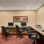 Photo of Country Inn & Suites By Carlson, Atlanta/Galleria Ballpark, GA
