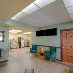 Photo of Quality Inn & Suites Airport