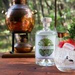 Giniversity Botanical Gin, Fever tree tonic, garnished with fresh strawberry and rosemary