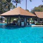 Thavorn Palm Beach Resort resmi