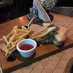 صورة فوتوغرافية لـ Triangle Restaurant