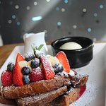 Lovely french toast (@foodinbcn)