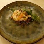 Gruß aus der Küche - gebratene Garnele auf Linsensalat