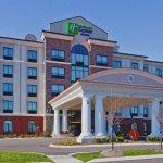 Foto de Holiday Inn Express Hotel & Suites Nashville - Opryland