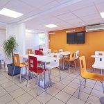 Salle petits déjeuners rénovée