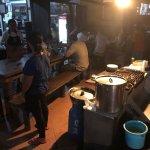 Photo de Naughty Nuri's Warung and Grill