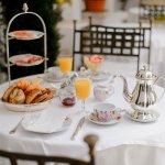 Frühstück im Arkadeninnenhof