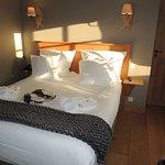 Chambre avec lit 160, salle d'eau attenante, TV et wifi