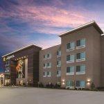 Photo de La Quinta Inn & Suites Columbus North